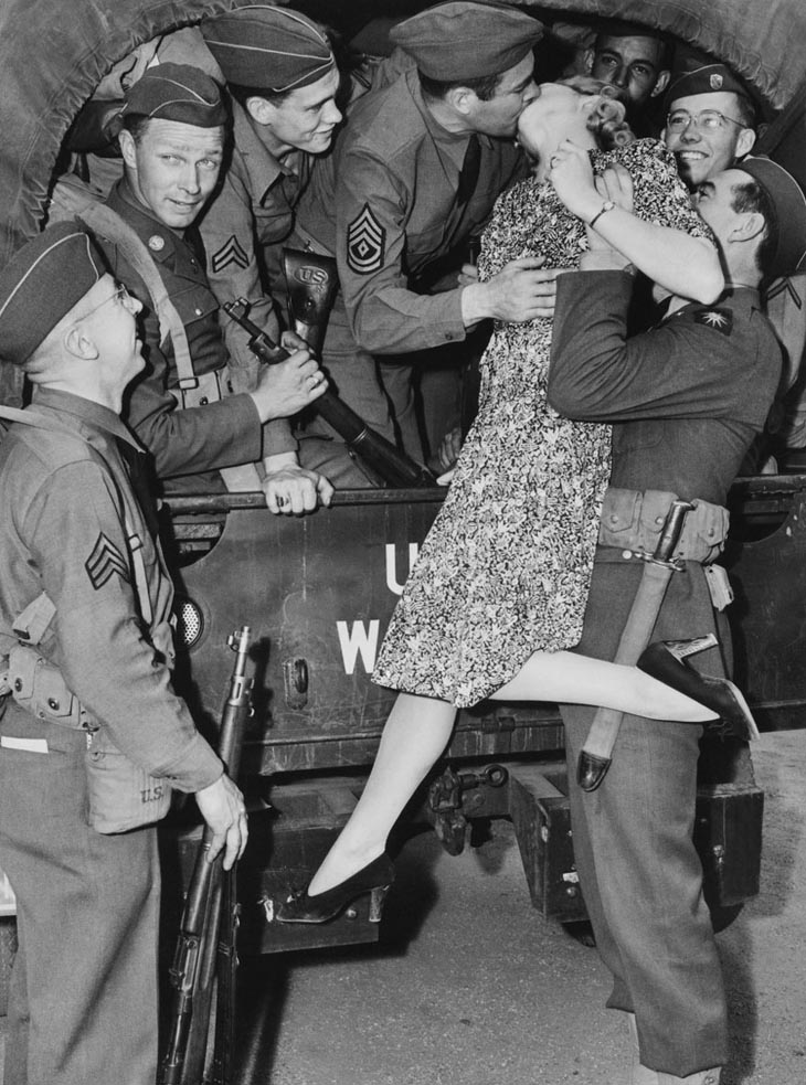 Actress Martha O'driscoll Kisses A Soldier Goodbye In Los Angeles, 1941